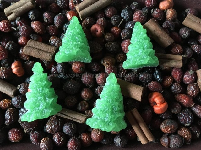 Primitive Christmas Tree Fixins - White Christmas Scent
