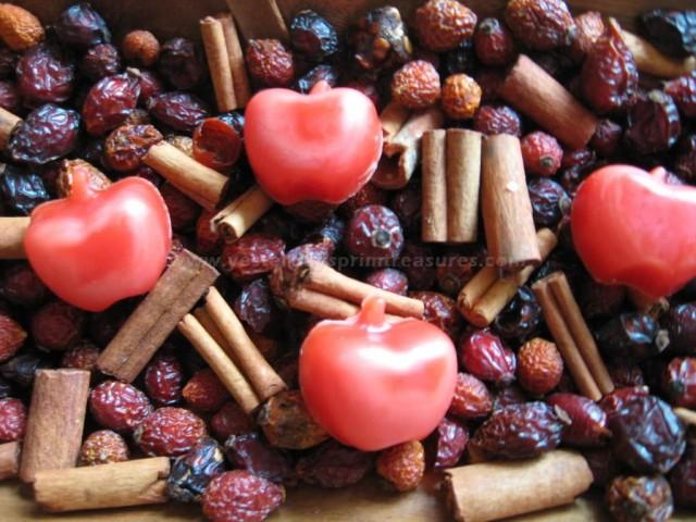 Primitive Apple Fixins - Apple Cinnamon Scent