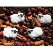Primitive Hand-Made Sheep Fixins  -  Apple Cinnamon Scent